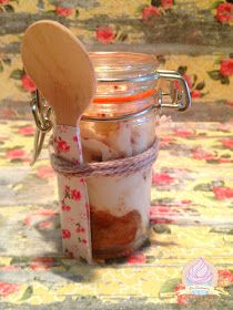 LA CUINERA: ¡¡Tiramissú en tarro!! Mason Jars, Coffee Maker, Kitchen Appliances, Sweets, Mugs, Tableware, Blog, Pies, Deserts