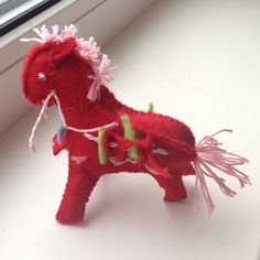 Felt horse designed by my 3 years old kid. 2013 :)