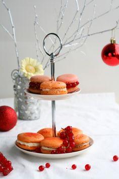 Lemon cheesecake macarons,the perfect balance of sweet and sour
