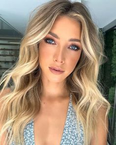 Blonde with Layers and Balayage - 40 Cute Long Blonde Hairstyles for 2019 - The Trending Hairstyle Hair Inspo, Hair Inspiration, Long Shag Haircut, Balayage Blond, Pinterest Design, Hair Dos, Pretty Hairstyles, Hair Trends, Savage