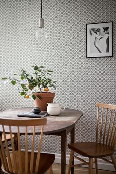 Below are the Scandinavian Dining Room Design Ideas. This article about Scandinavian Dining Room Design Ideas was posted under the category by our team at January 2019 at am. Hope you enjoy it and don't forget to share . Interior Inspiration, Room Inspiration, Farmhouse Side Table, Kitchen Wallpaper, Backsplash Wallpaper, Dining Room Lighting, Scandinavian Home, Dining Room Design, Dining Rooms