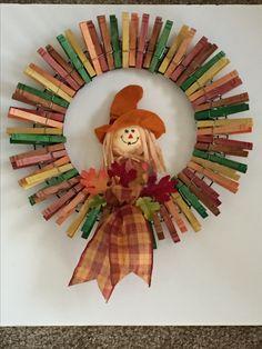 39 Creative Wreath You Have to Craft in Fall this Year Wreaths, peggy crawford, Wreaths 39 Kreativer Kranz, den Sie im Herbst dieses Jahres . Thanksgiving Wreaths, Holiday Wreaths, Holiday Crafts, Party Crafts, Manualidades Halloween, Halloween Crafts, Halloween Halloween, Vintage Halloween, Halloween Makeup
