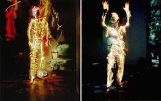 Pete Eckert  Al perder la vista por completo decidió iniciarse en el mundo de la fotografía como reto personal. Si observamos su obra podemos apreciar como sus fotografías están creadas en total oscuridad, de esta manera consigue pintar con luz lo que ve en su mente.