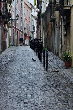 Old Town  -Lisbon - Portugal (von . SantiMB .)