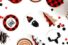 Download these FREE Lumberjack Party Printables - Strawberry Mommycakes