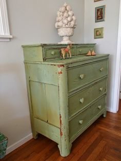DIY Chippy Dresser: Inspire Me Please Blog Party