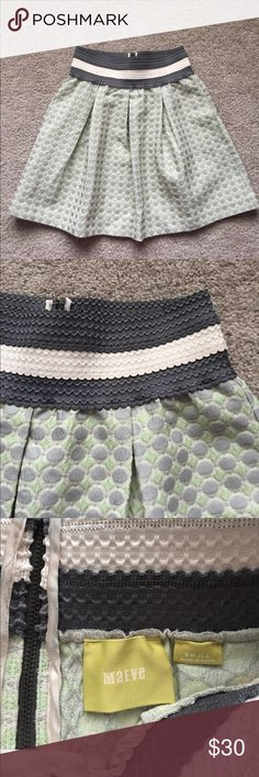 "Anthropologie Maeve skirt sz sm Excellent condition gray and pale green structured skirt ! Elastic waistband and has pockets ! Waist is 13.5"" and length is 18.5"". Exposed zipper in back! Anthropologie Skirts"