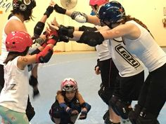 There is still time to join our JUNIOR Rec League! Coed for boys and girls! This is a great beginner roller derby course. Your kids will learn the basics of derby in a fun and supportive environment! See event page for more info http://ift.tt/1WzLFb5  #sacramento #sacramentosports #rollerderby #juniorrollerderby #derby #skate #juniors #saccityrollers by saccityrollers