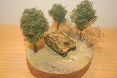 Tea and Tank: small diorama for lonesome Brummbaer