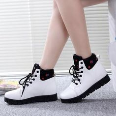 Buy Solejoy Fleece-Lined Lace-Up Ankle Boots at YesStyle.com! Quality products at remarkable prices. FREE WORLDWIDE SHIPPING on orders over US$35.