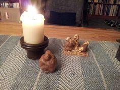Mini retraite- overdenking : Stilte creëert licht  Saamhorigheid met mezelf  De stilte omarmt