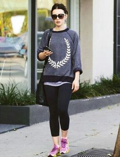 Her sporty outfit//