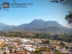 """EL MEJOR HOTEL DE MORELIA. El Cerro del Cacique, originalmente se llamaba Cuanícuti, que significa """"cazador"""". Ubicado en la región de Zitácuaro, los paseantes podrán realizar caminatas y campamentos, mientras contemplan la imponente vista desde este lugar. En Best Western Plus Morelia, le invitamos a pasar la mejor estancia y a recorrer los atractivos naturales del estado de Michoacán. http://www.bestwesternplusmorelia.com.mx"""