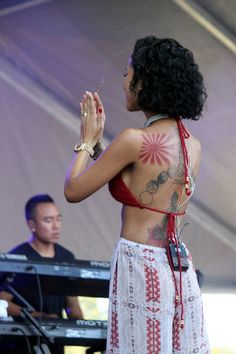 Jhene is so perfect Trey Songz, Big Sean, Rita Ora, Ryan Gosling, Nicki Minaj, Hippie Style, Jhene Aiko Tattoos, Jhene Aiko Back Tattoo, Black Girl Magic