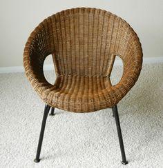 Vintage Mid Century Modern Wicker Dish Saucer Chair Iron Frame Legs   | Antiques, Periods & Styles, Mid-Century Modernism | eBay!