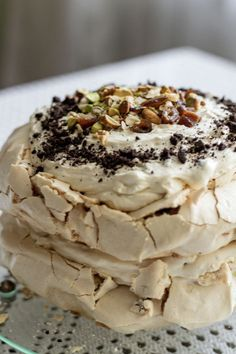 Bezowy tort dacquoise My Favorite Food, Favorite Recipes, Polish Desserts, Brownies, Dacquoise, Muffins, Keto Cake, Pavlova, Cake Cookies
