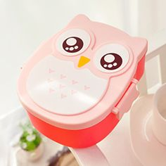 Cartoon Owl Lunch Box Food Fruit Storage Container Portable Bento Box Details: - Durable, attractive, and easy to clean food-safe plastic - Large capacity, you can put more food or snack - 4 colors to