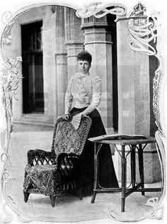 San Sebastian, 1899.- Retrato de la reina regente María Cristina en la terraza del Palacio de Miramar. Efe.lafototeca.com Image : efespsix915116