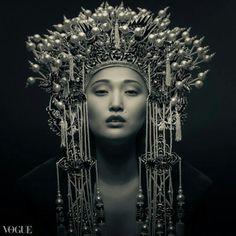 Headdress #chinoiserie