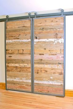 Barn Doors in Reclaimed Wood Tracks Included di DancingGrains - May 18 2019 at The Doors, Wood Doors, Front Doors, Screen Doors, Entry Doors, Barn Door In House, Barn Door Track, House Front, Metal Barn