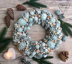 Rose Gold Christmas Decorations, Christmas Advent Wreath, Pine Cone Decorations, Xmas Wreaths, Noel Christmas, Pinterest Christmas Crafts, Christmas Makes, Flower Crafts, Bunting