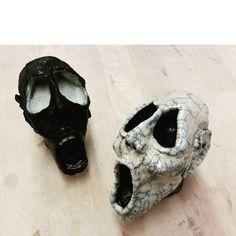 Beeindruckende Raku Keramik Masken von claudia.kutsche.ceramics: Sichtbare Gefühle