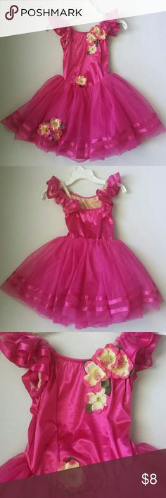 Dress up or Dance Costume Girls dress up or dance costume. No exact size, my daughter wore it for dance when she was 7. I would say this is a child size 6-7. I can provide measurements. Material details are pictured above. 2 really small snags on the bodice, also pictured. Weissman Dresses