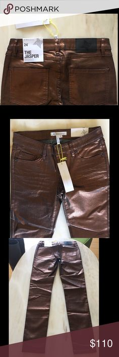 BCBG Metallic Bronze Skinny Jeans To die for Metallic skinny jeans! No wrinkles when wearing the jeans. Very comfortable (has stretch). Size 24, runs very big.... fits more like a 26. BCBGeneration Jeans Skinny