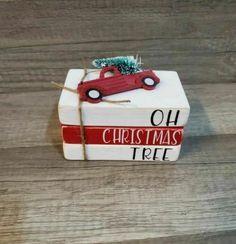 Farmhouse Christmas Decor, Christmas Wood, Christmas Signs, Christmas Wishes, Christmas Projects, Simple Christmas, Handmade Christmas, Holiday Crafts, Christmas Ornaments