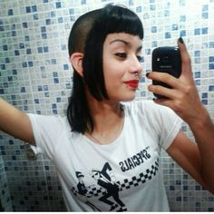Love the Specials 😎 Skinhead Reggae, Skinhead Girl, Chelsea Cut, Chelsea Girls, Worst Haircut Ever, Toned Girls, Buzzed Hair, Mod Girl, Girls Cuts