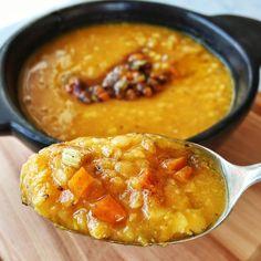 Sopa Antifrio de Lentejas turcas y zanahoria 3 Slow Cooker Soup, Deli, Cheeseburger Chowder, Turkey, Cooking, Recipes, Food, Lisa, Gluten