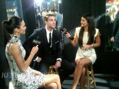 it couldn't get better! Kendal Jenner, Liam Hemsworth, & Kylie Jenner. all of my faves in one picture, suh-weeeeet!