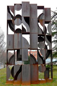 Atmosphere and Environment X - Louise Nevelson - 1969