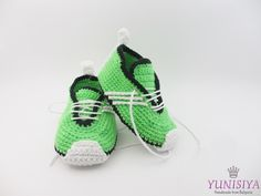 Green Baby Shoes, Crochet Baby Shoes, Soft Sole Baby Shoes, Baby Booties, Green slippers, Cloth Baby Shoes, Baby Shower Gift by Yunisiya on Etsy