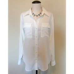 Button Down (White) Blouse sz S Button Down (White) Blouse sz S by Apt. 9 ▪️ It's pre-owned but in great condition. The necklace is NOT included, sold separately.             NO TRADES NO PAYPAL Apt. 9 Tops Button Down Shirts
