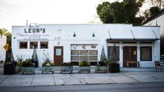 Leon's Oyster Shop Adds Brunch Booze to the Mix