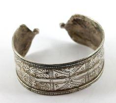 Solid silver Turkoman Afghanistan 25g collectible cuff #5 | Savanna Caravan