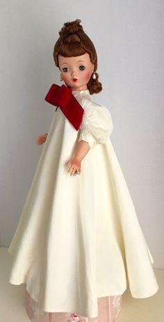 1956 taffeta opera coat Dolls Dolls, Barbie Dolls, Vintage Madame Alexander Dolls, Opera Coat, Glamour Dolls, Bear Doll, Hello Dolly, Antique Toys, Vintage Dolls