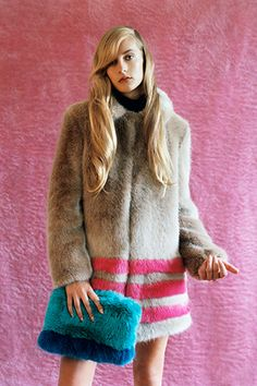 Shrimps Shrimps is the brainchild of London-based designer Hannah Weiland. Fake Fur Coat, Fur Coats, Faux Fur, Dope Fashion, Fur Fashion, Winter Wear, Autumn Winter Fashion, Shrimps Coat, Fur Clothing