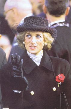 princess diana at falklands service 1982 images | Princess Diana Remembered - http://www.princess-diana-remembered.com ...