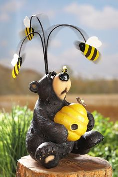 Honeybear with Bees Decorative Outdoor Spinner