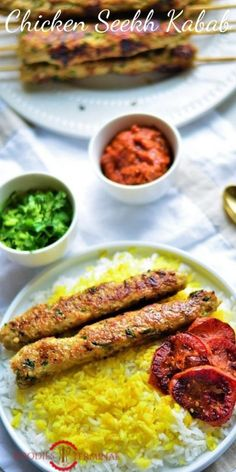 Make this quick & easy chicken seekh kabab on a griddle. This easy chicken appetizer recipe is an id Mince Recipes, Kabob Recipes, Grilling Recipes, Appetizer Recipes, Indian Appetizers, Grilling Ideas, Seekh Kabab Recipe Chicken, Chicken Keema, Chicken Appetizers