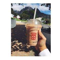 'life and coffee' #vidaecaffe #perfectsummer  www.vidaecaffe.com
