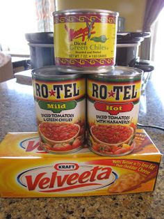Ingredients: (And. ground beef, browned and drained) Cut the queso into cubes. Throw it into the crockpot. Add the browned and d. Baked Potato Casserole, Casserole Recipes, Crockpot Recipes, Cooking Recipes, Dip Crockpot, Beef Dip, Hamburger Dip, Crock Pot Dips, Ground Beef Recipes