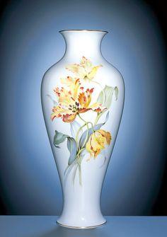 Vase, Blumenmalerei, Tulpen, impressionistische Manier, bunt, Goldrand, H 47,5 cm