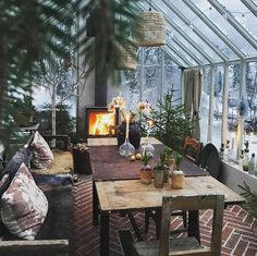 greenhouse with fireplace for special dinners and cocktail parties - Winter Garten Architektur Outdoor Rooms, Outdoor Living, Home Greenhouse, Greenhouse Ideas, Cheap Greenhouse, Greenhouse Kitchen, Greenhouse Academy, Homemade Greenhouse, Portable Greenhouse