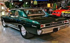 I just Love 66 Chevelle's