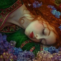 Rote Haare - art - Painting Tips Fantasy, Art Painting, Art Photography, Fantasy Art, Photography, Art, Surreal Portrait, Fairy Tales, Fantasy Photography