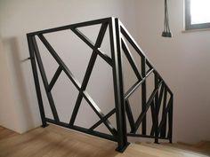 Stair Railing Ideas Interior Stair Railing, Modern Stair Railing, Staircase Handrail, Metal Stairs, Metal Railings, Modern Stairs, Balcony Grill Design, Balcony Railing Design, Home Stairs Design