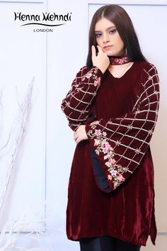 Maroon velvet top with diamante and crystal embroidery on sleeves with embroidered attached choker. Velvet Pakistani Dress, Pakistani Party Wear Dresses, Simple Pakistani Dresses, Designer Party Wear Dresses, Kurti Designs Party Wear, Pakistani Dress Design, Indian Designer Outfits, Fancy Dress Design, Stylish Dress Designs